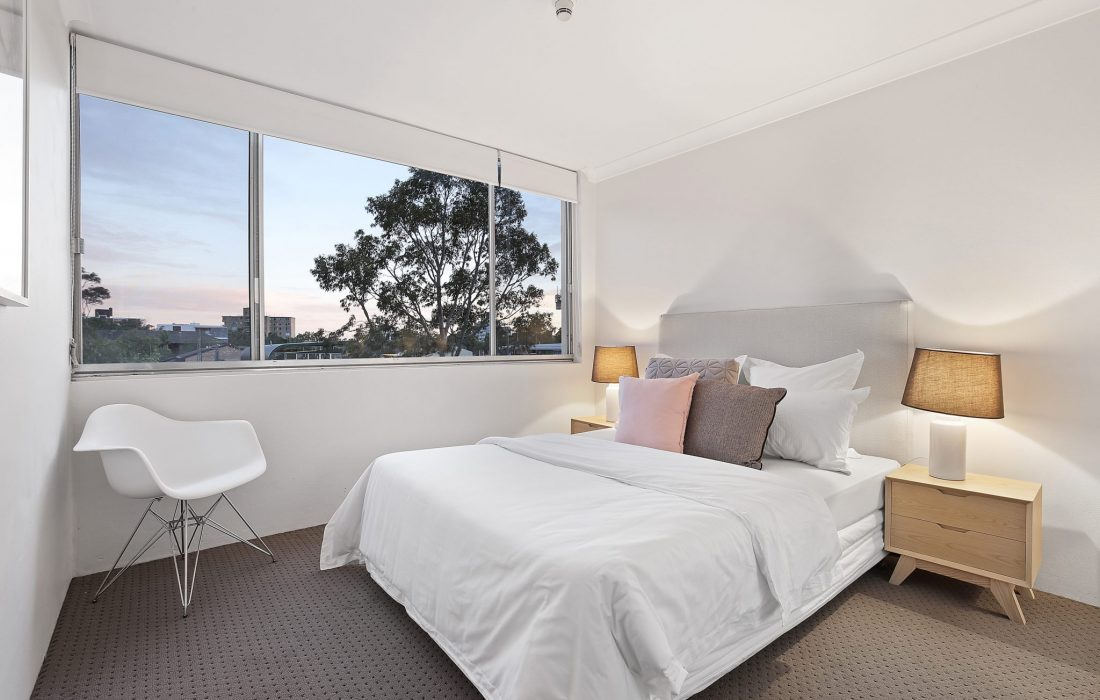 14_2_Gerard_St_Cremorne_DUSK_High_bedroom