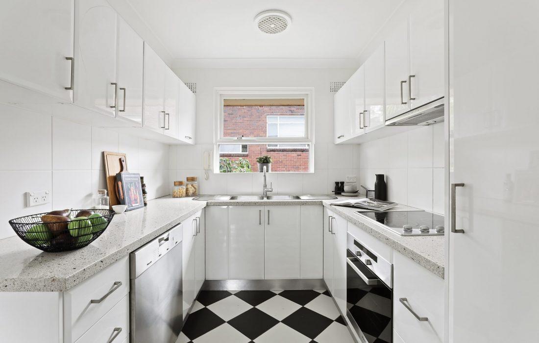 6_25_Crows_Nest_Rd_Waverton_High_kitchen